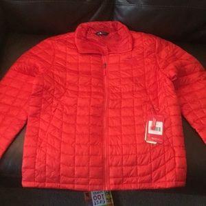 Fire brick red northface jacket